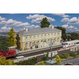 Faller 110119 : Station...