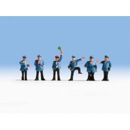 Noch 15280 : Personnel de...